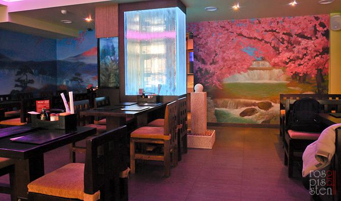 роспись ресторана, интерьер ресторана с росписью