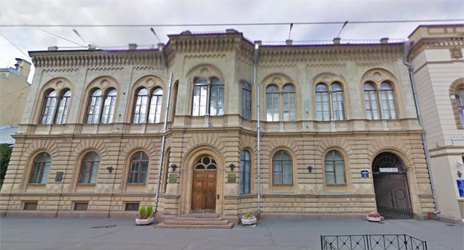 дом с росписями Семирадского Г. И.