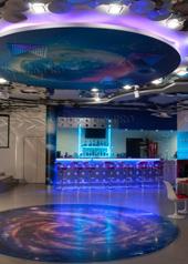 роспись-потолка-флуоресцентными-красками-превью