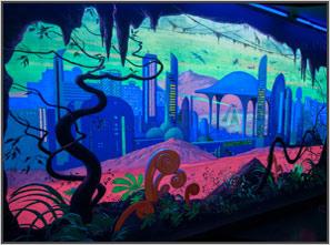 рисунки-светящимися-красками-на-стене-квеста