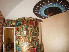 роспись-стен-интерьеров-светящейся-краской