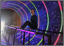 роспись-стен-светящаяся-вортекс-туннель